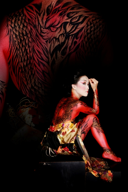Abstract Studio, Bandung, West Java, Indonesia Jun 04, 2009 MORPHACIO BODYPAINTING | RINNY ANDRIANY (MODEL) | CUN-CUN (MUA) | ABSTRACT PHOTOGRAPHY | 2007 THE WAITING RED DRAGON