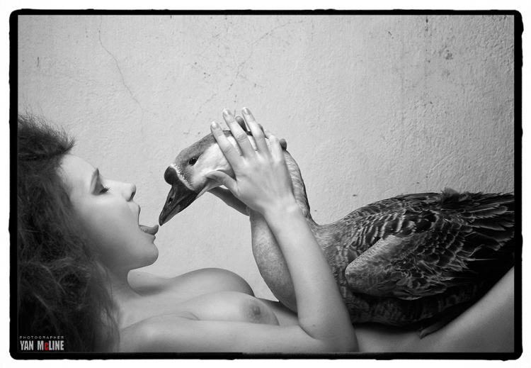 Female model photo shoot of Tama ra