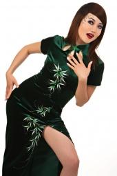 https://photos.modelmayhem.com/photos/090607/17/4a2c5f44d3211_m.jpg