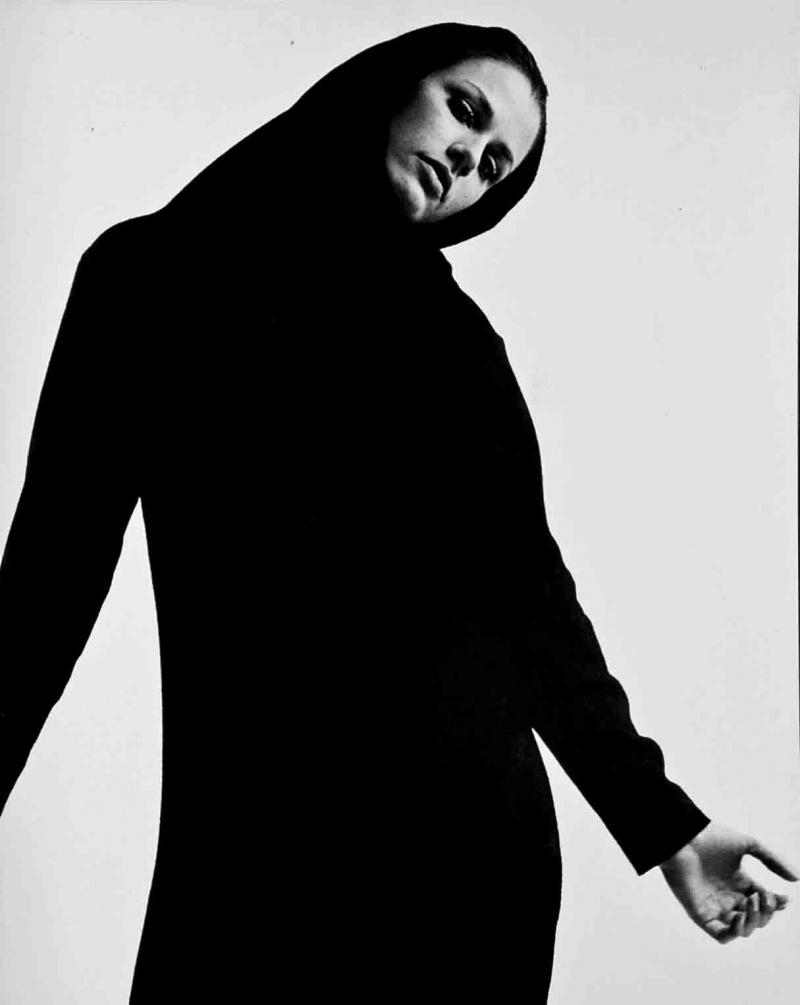 Studio Jun 14, 2009 Tommy Estridge DiAnn w/ black dress
