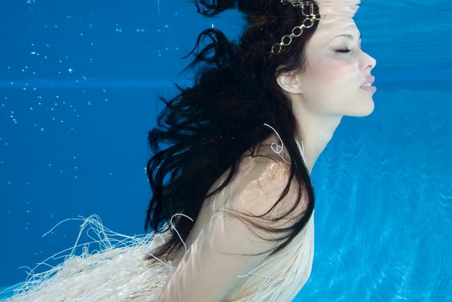 Jun 15, 2009 Kate Earl underwater shoot