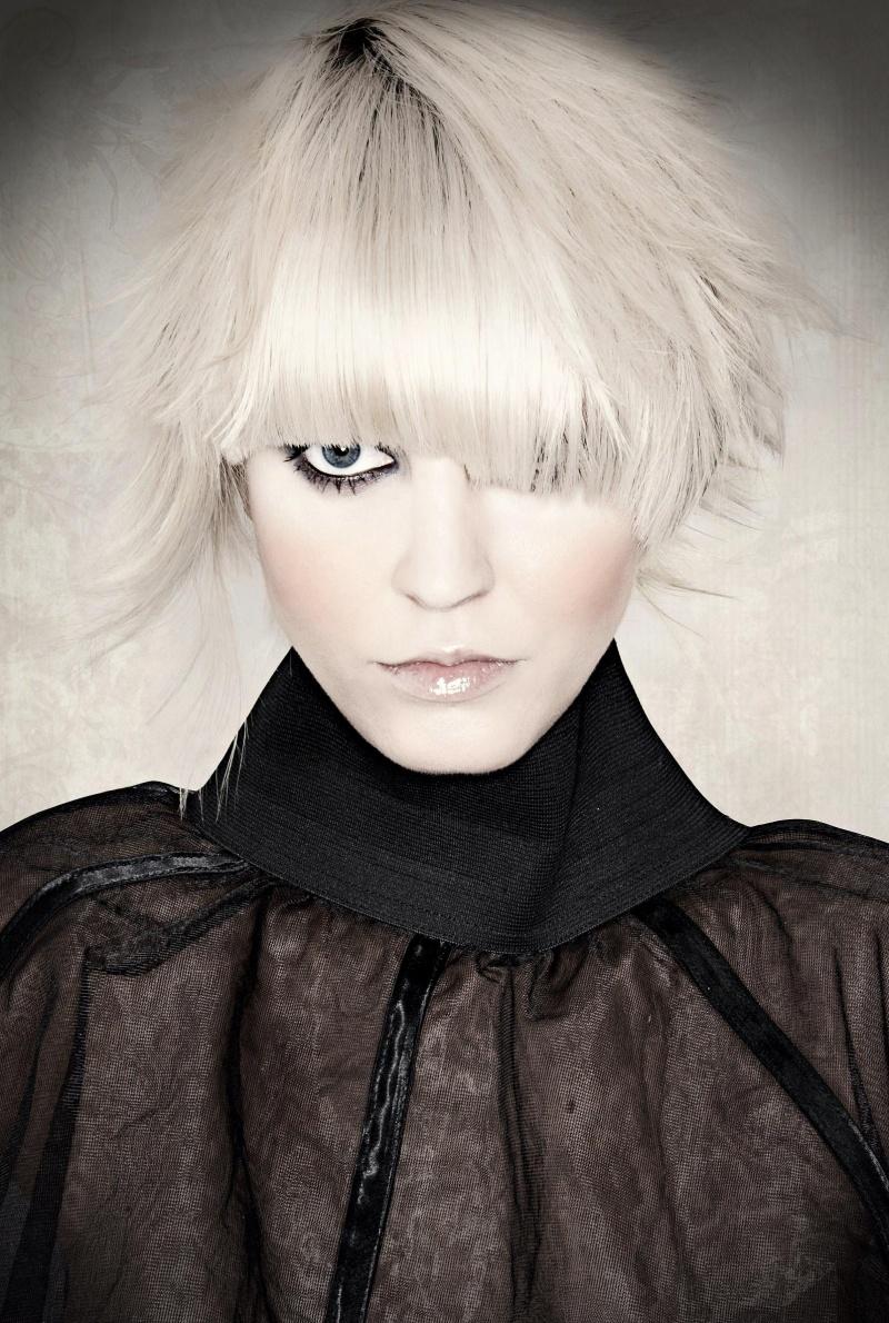 Jun 17, 2009 Hair by Toni Kalin, Photo by Jimmy Bollaerts