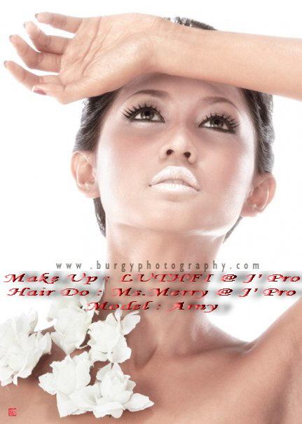 Male model photo shoot of J Pro in D Klik Studio Jakarta
