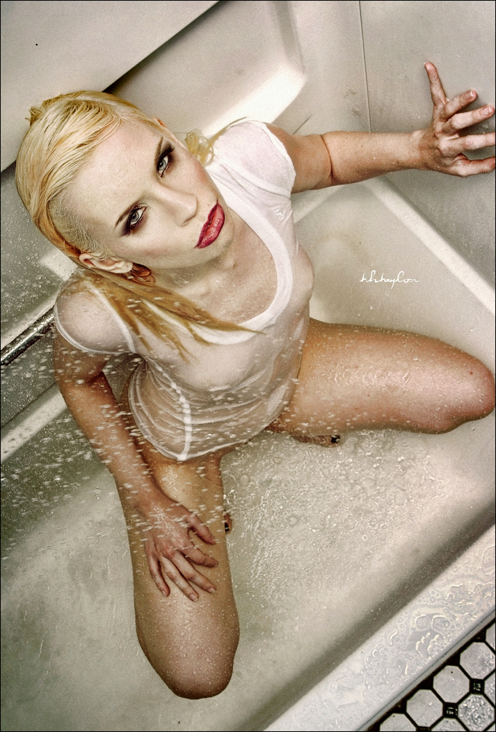 Do I really need to say (Milwaukee) Jun 23, 2009 thtphoto Amaya seeking Solace in my tub... Not a chance; you will only find dirty footprints!  :)  Model: Amaya Solace,  Make up:  T.H.Taylor