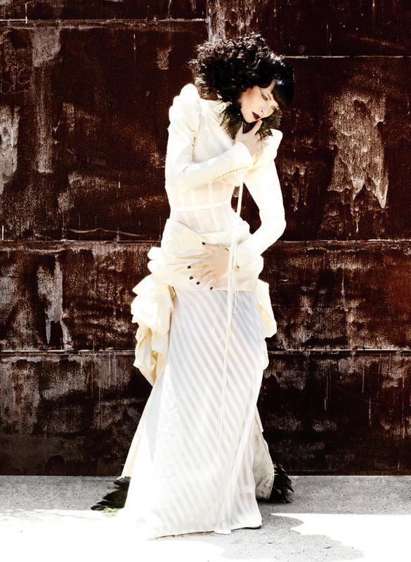 Jun 25, 2009 dress: Kat Marquet