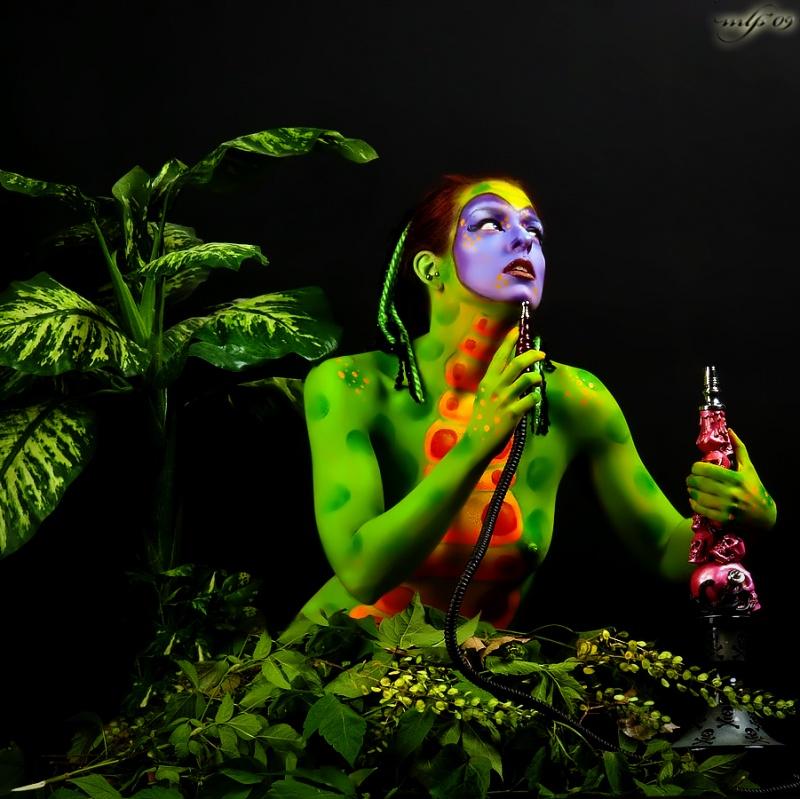 Painted Muse Workshop, Milwaukee, WI Jun 28, 2009 Alice in Wonderlands Caterpillar