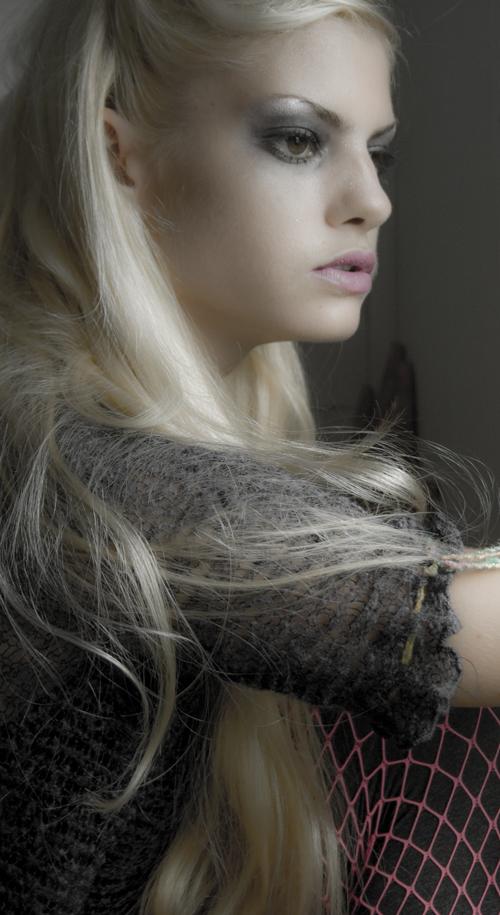 Female model photo shoot of ASHTON JOANN by Maura Housley