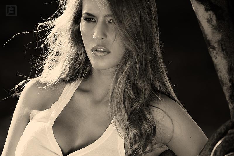 Jul 07, 2009 www.13bdesign.com Model: Hannah - Option Model Management | Hair & Makeup - Anna Webber