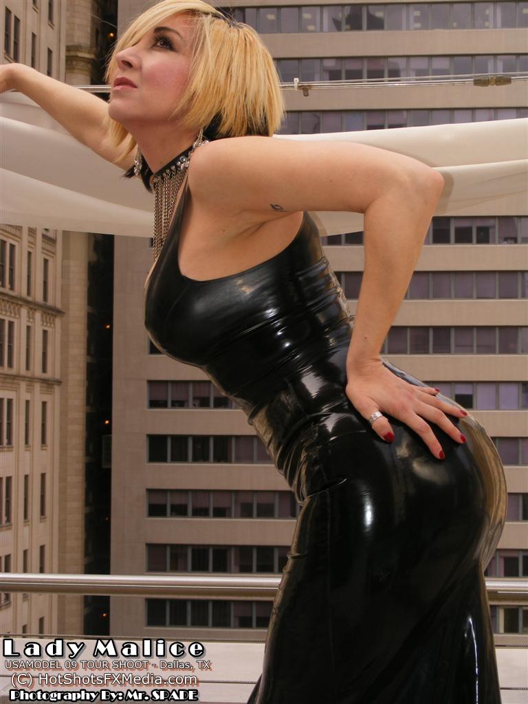 Dallas, TX Jul 08, 2009 2009  Mr. Spade: Hot Shots FX Media Lady Malice in Latex separates
