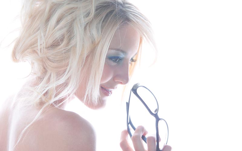 Fremont Studio, CA Jul 09, 2009 Amedeus ©2009 ... fun glasses ...