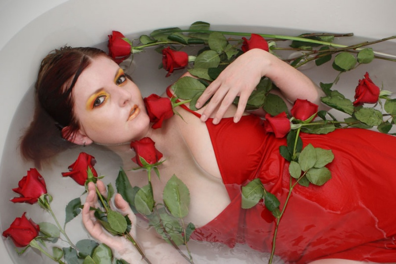 Bathtub Jul 10, 2009 Mark White Photography Red Red Roses   **Makeup by me