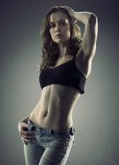 http://photos.modelmayhem.com/photos/090715/09/4a5e096f778c4_m.jpg