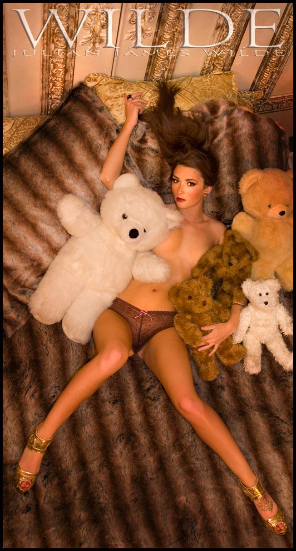 Wilde Mansion Jul 17, 2009 Julian James Wilde @2009 Darling Nikki & Her Teddys   (for WildeBeauty)tm