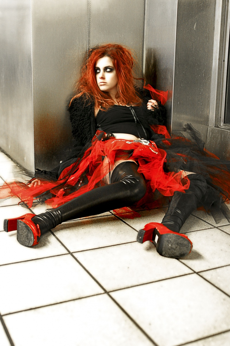 Phil. Subway... Jul 18, 2009 Krazy Spoons and MUA and Hair Alayna Marie 2009 MsPixie made this skirt for me... Mentally Insane In The Subway Floors...