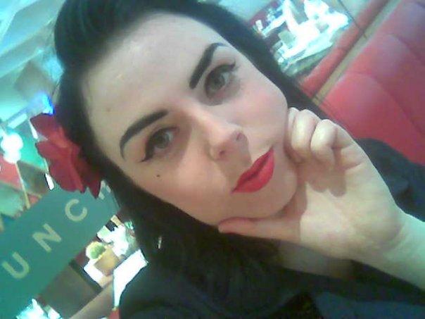 Female model photo shoot of Ms Harlot DeVille