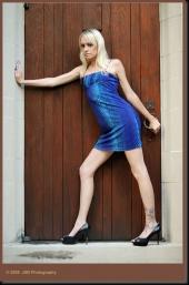 http://photos.modelmayhem.com/photos/090719/15/4a63a20574591_m.jpg