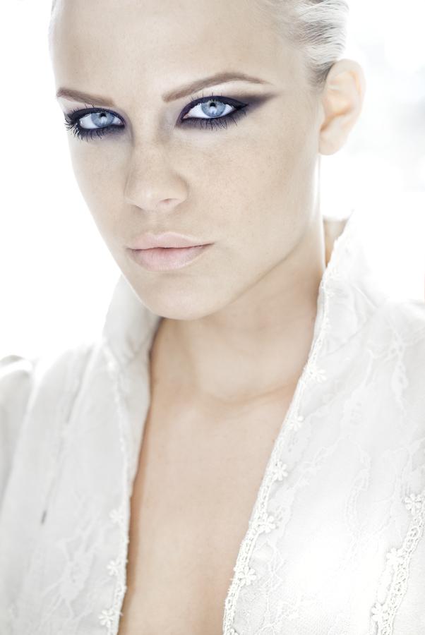 LA Jul 20, 2009 Navid Fashion Headshot