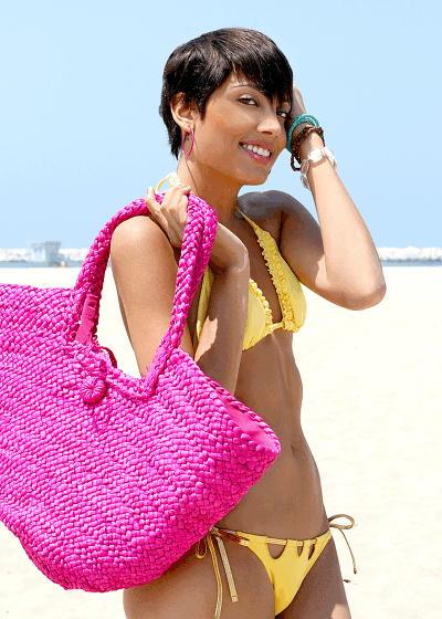 Female model photo shoot of YAUNA in Mother Beach CA