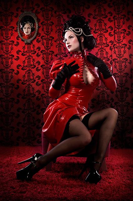 Jul 23, 2009 Everleigh Latex Gown- Model: Sister Sinister
