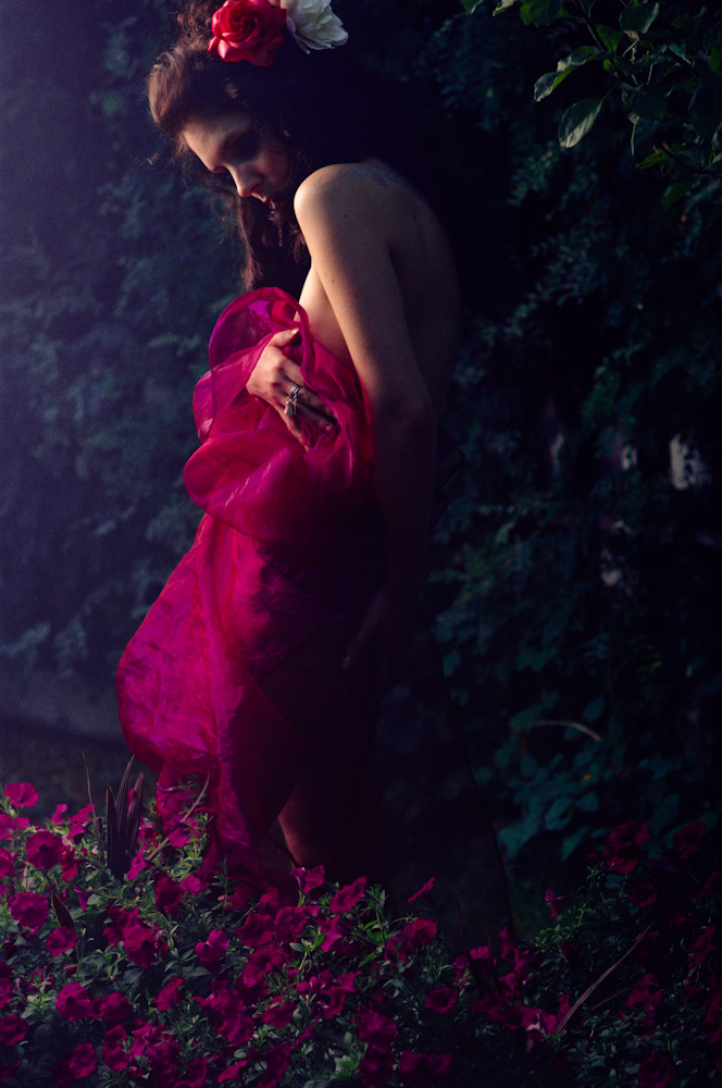 Female model photo shoot of Natasha Lazarovic by ruzz in Calgary