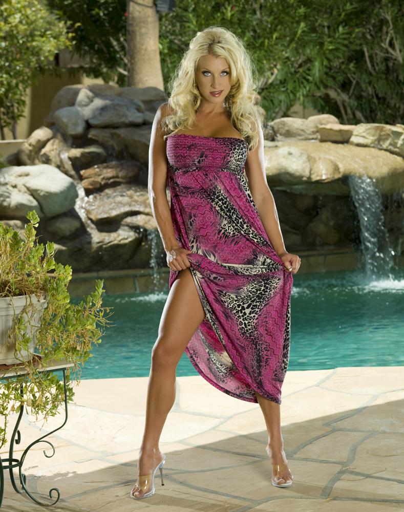 Phoenix Residence Jul 27, 2009 Michael Anthony Glamour Colours -- Fitness Model Melyssa Buhl For BLS