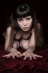 https://photos.modelmayhem.com/photos/090730/03/4a7172acb373e_m.jpg