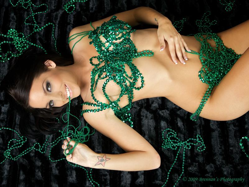 Temecula, Ca. Jul 31, 2009 Brennans Photography Seanna and her beads!