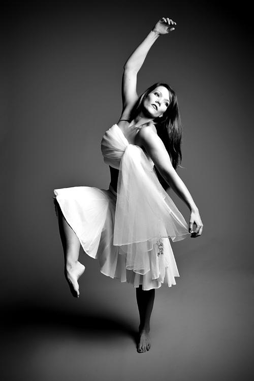 Aug 05, 2009 Anthony Edwards Dancer