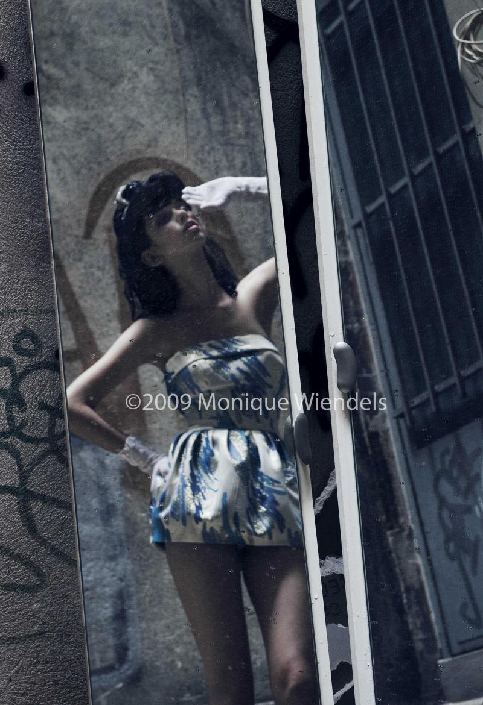Female model photo shoot of Monique Wiendels in Paris, France.