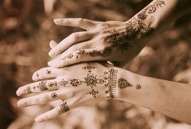 Aug 05, 2009 henna