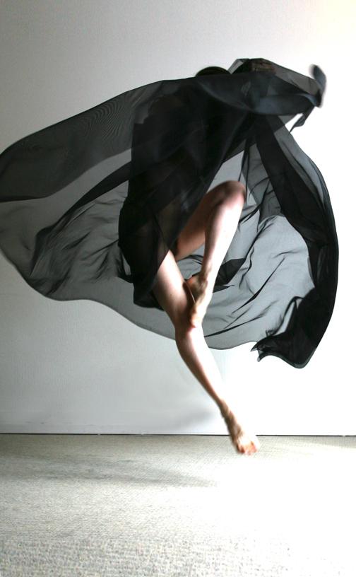 Paris Aug 08, 2009 (c) PATRICE DELMOTTE Dance with ElectronL