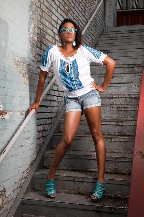 Everett, Wa Aug 08, 2009 Wardrobe: Coogi outfit Mimis Urban Wear