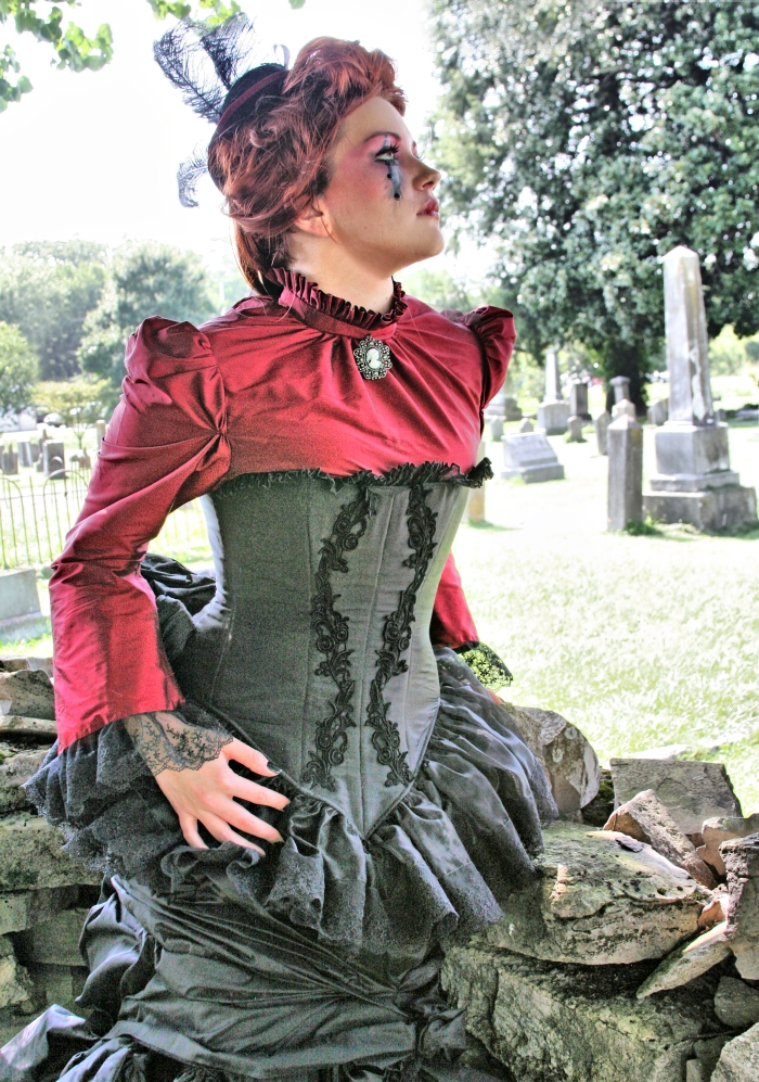 Aug 10, 2009 Elegant Blood-Vampire victorian gothic, photo by Envy photography