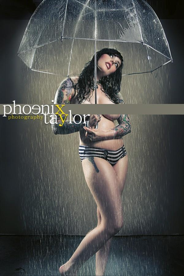 Dallas TX Aug 10, 2009 Phoenix Taylor  Photography  Raining inside the umbrella