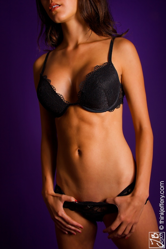 Female model photo shoot of Aneata