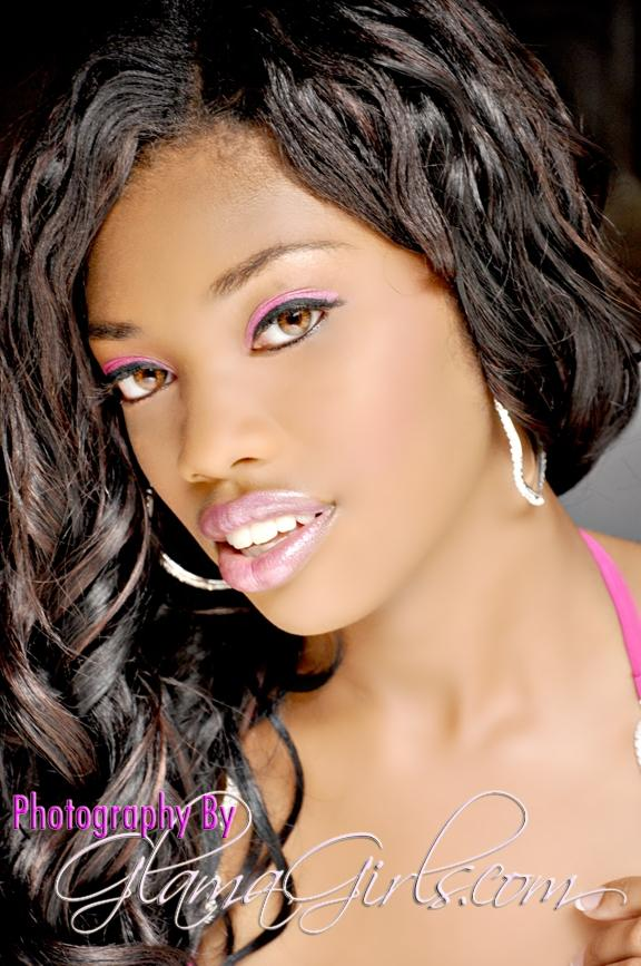 Female model photo shoot of Loreal Jones by The Real Shawn Dowdell
