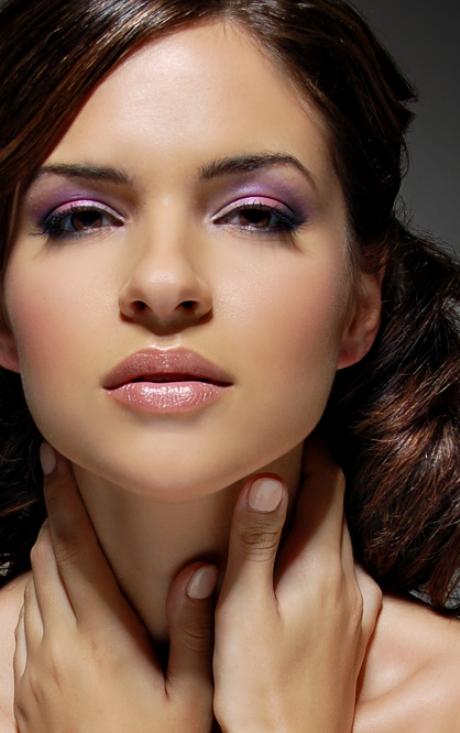 Aug 18, 2009 Tony Veloz detail of makeup!