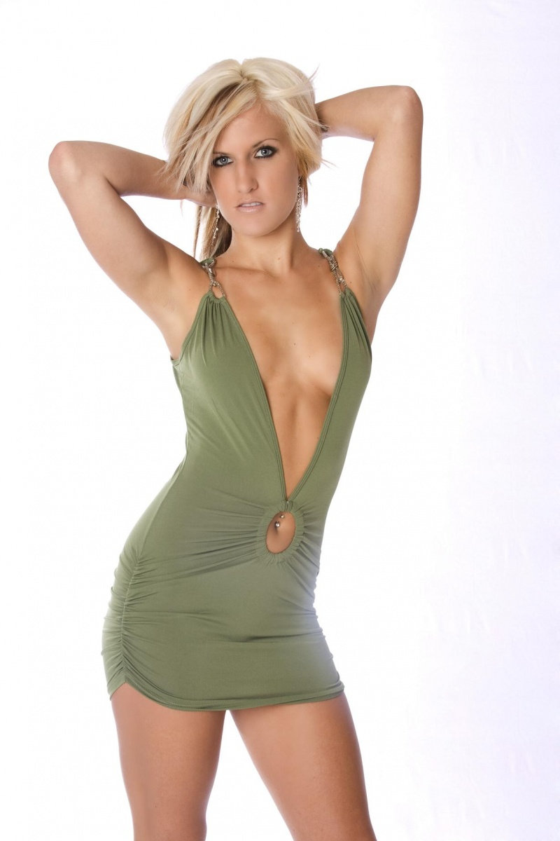 Female model photo shoot of Kirsten R Rowley  in Clothing from 7th heaven