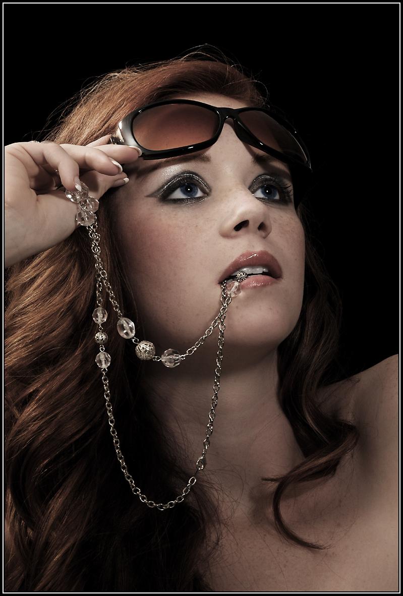 Reston Studio Aug 20, 2009 © Thomas Van Dyke Photographer: Thomas Van Dyke - Model: Diana Nicole - Hair: Devon Baltimore