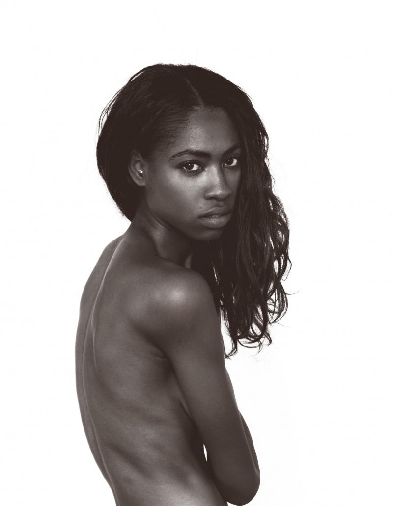 Female model photo shoot of ExistingEden