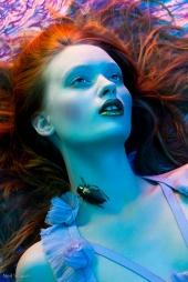 http://photos.modelmayhem.com/photos/090829/10/4a996c4b2ab0c_m.jpg