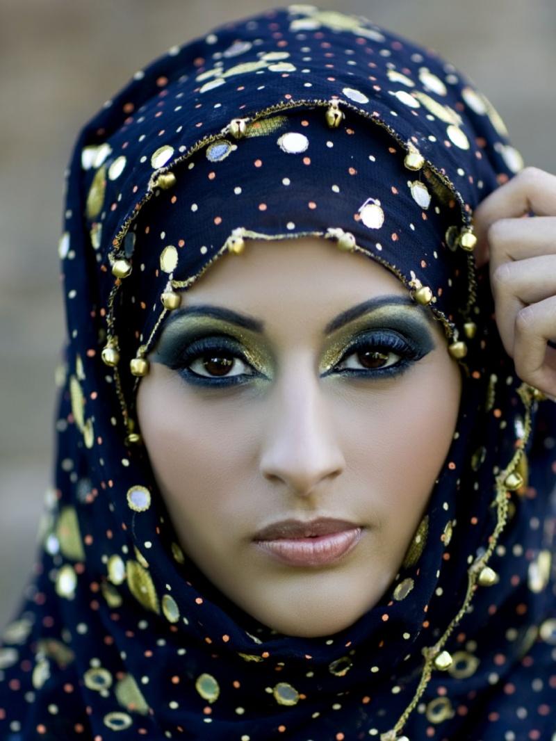 Aug 31, 2009 Sadia Akram, Oliur Rahman Arabic Eyes