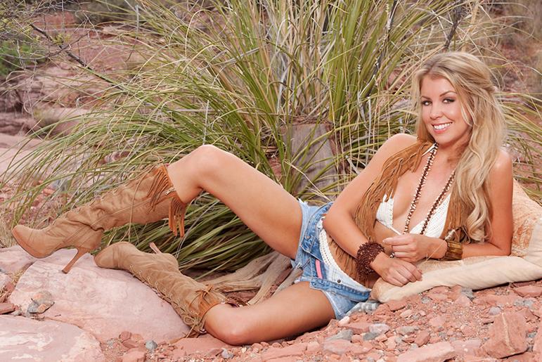 Sedona, AZ Aug 31, 2009 Sarahcoggin.com by Andre Rowe