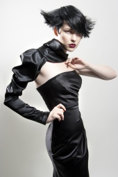 http://photos.modelmayhem.com/photos/090906/22/4aa49fbb1c215_m.jpg
