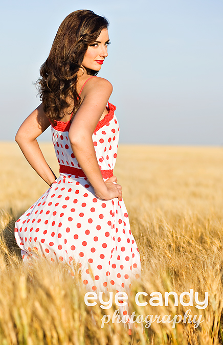 SK Sep 08, 2009 A little bit country - 40s pin up inspired look