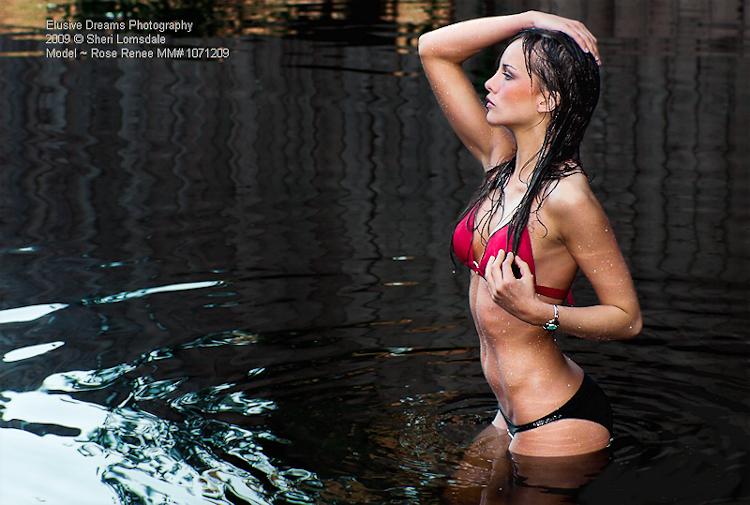 http://photos.modelmayhem.com/photos/090909/14/4aa823393d28c.jpg