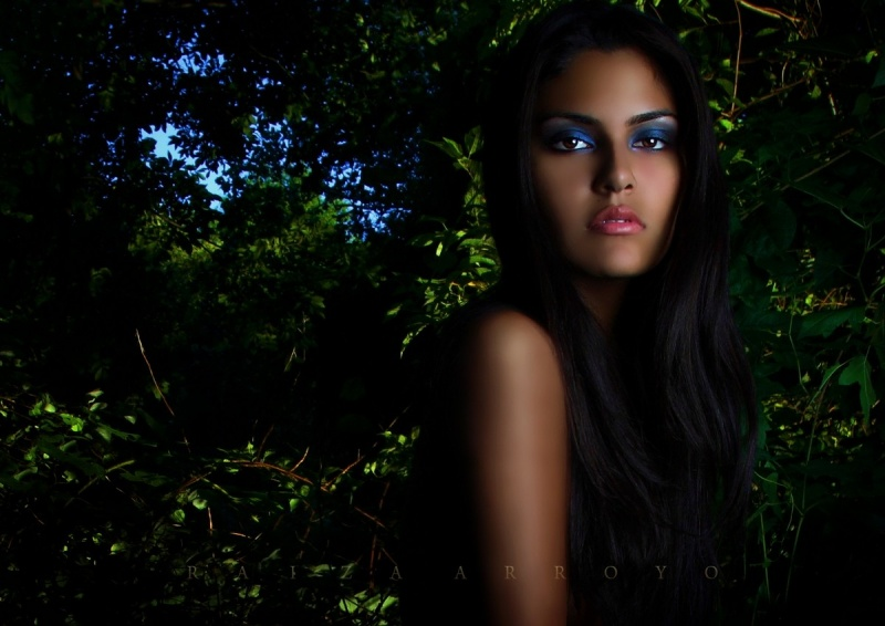 Female model photo shoot of Raiza  and EcuaCaliGrl