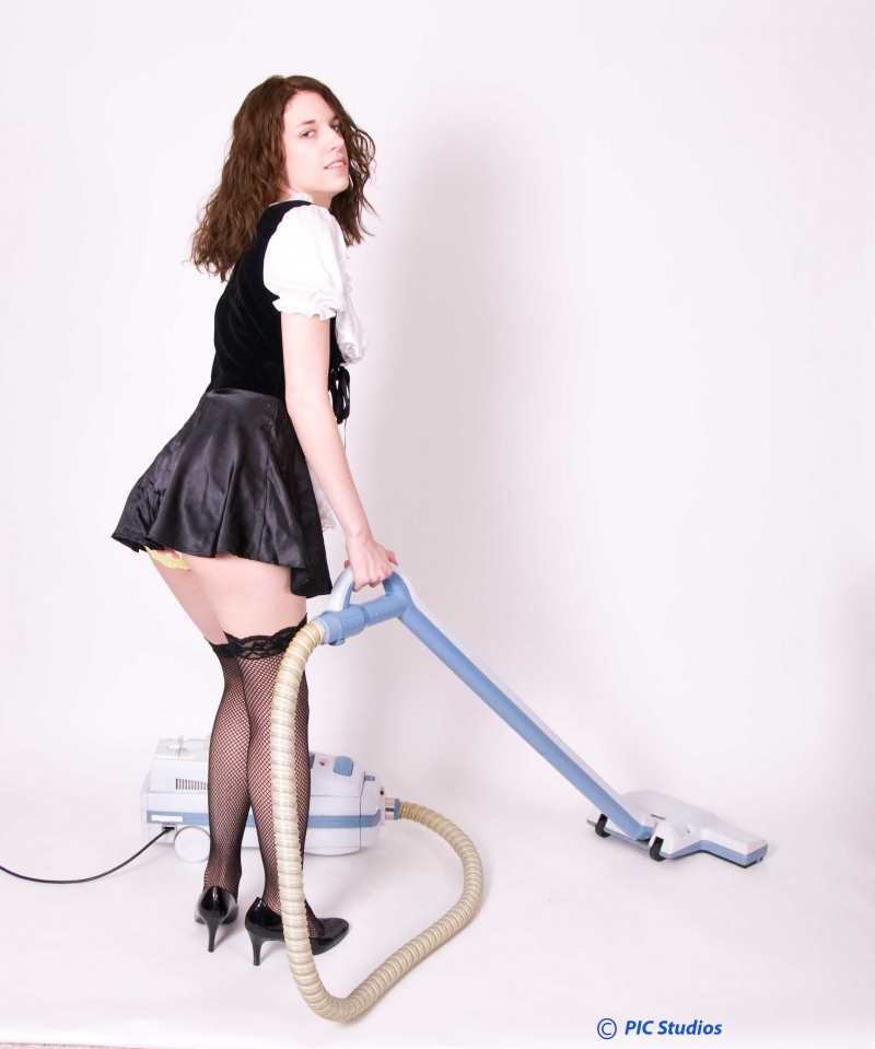 Belvidere, IL Sep 13, 2009 2009 PIC Studios Wicked innocence, French maid at your service