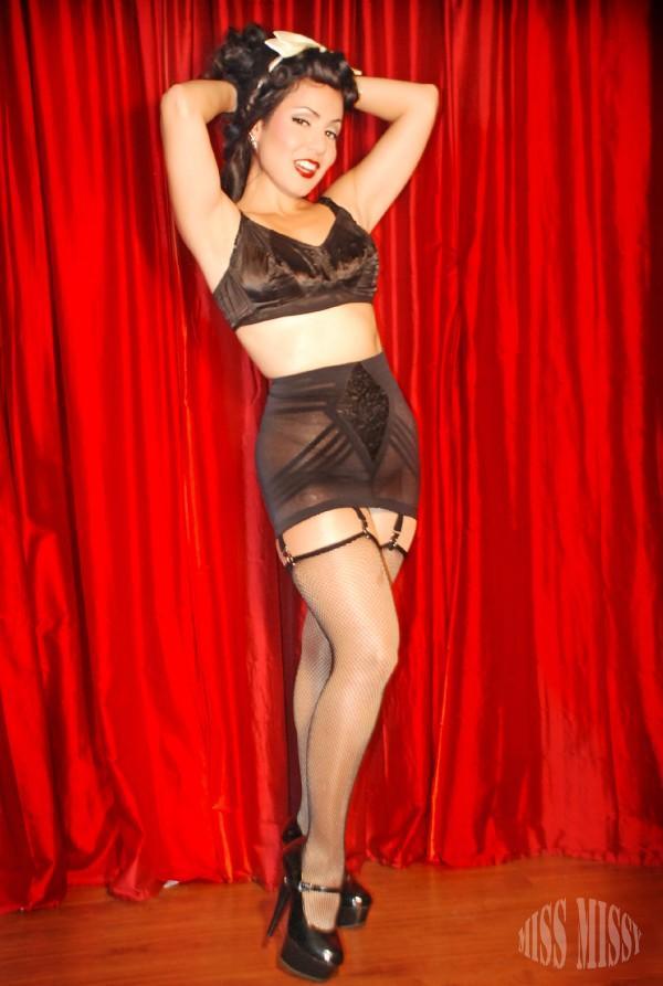 Sep 17, 2009 Ruby Champagne MUAH Blondie DaBella
