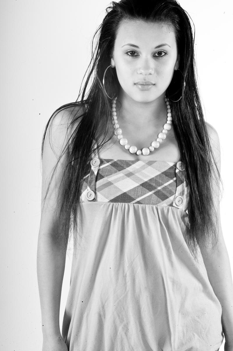 Female model photo shoot of Jasmine Carey in Art Institute of Portland